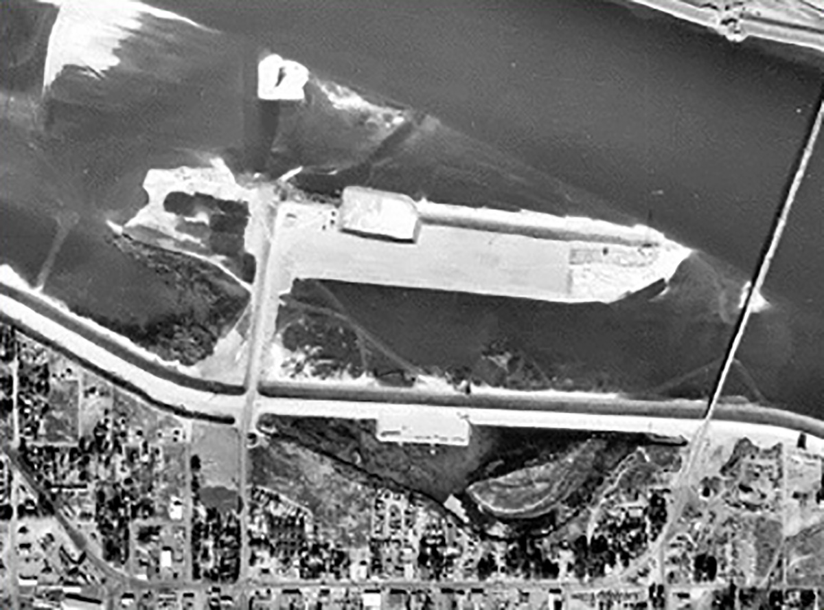 Historic Clover Island aerial.