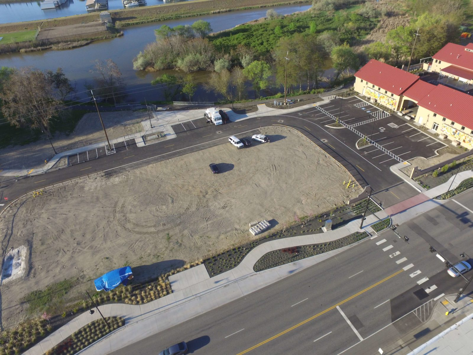 Aerial view of Columbia Gardens Wine Village parking and plaza.