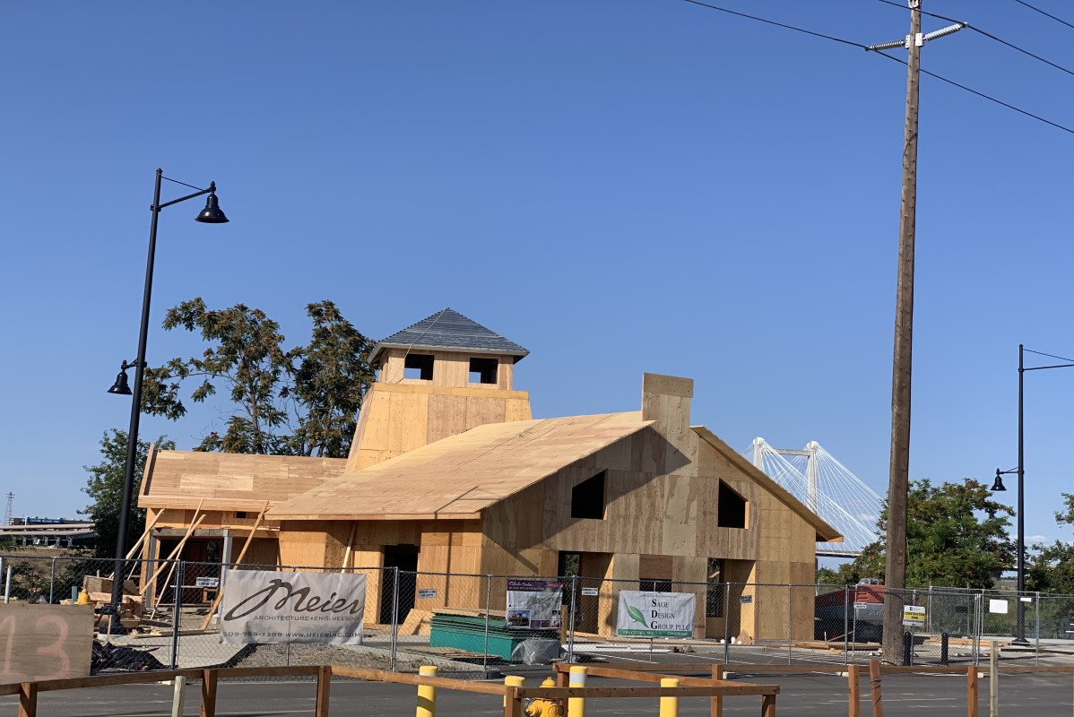 Columbia Gardens tasting room building under construction.