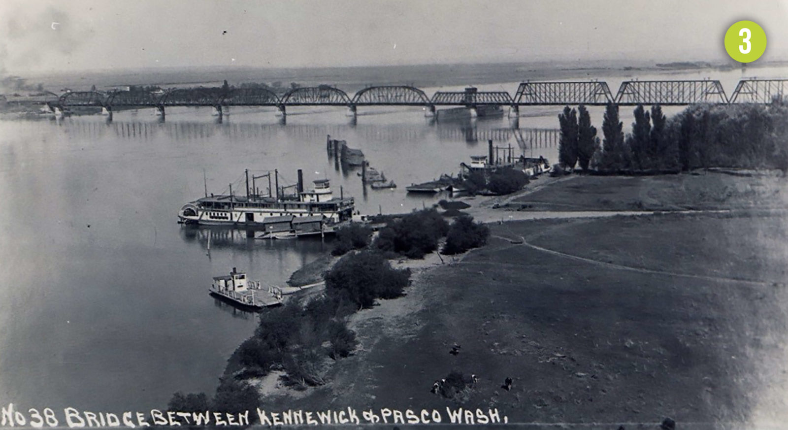 Port of Kennewick facilities circa 1920.