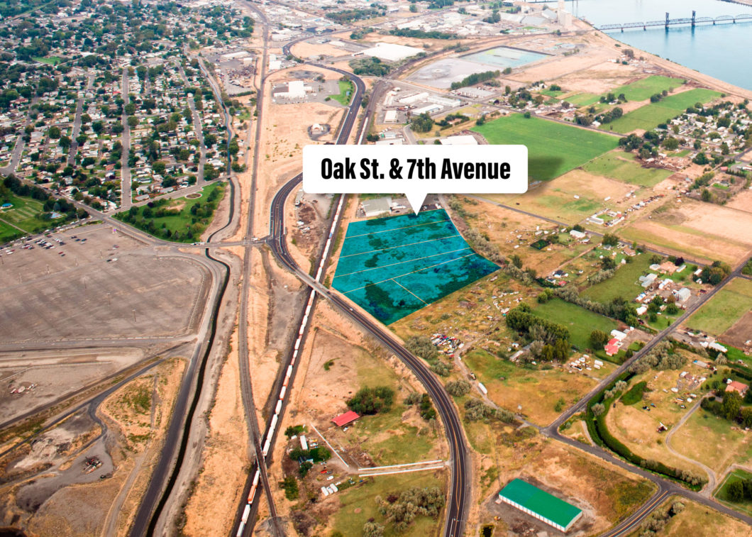 Aerial of Oak Street property.
