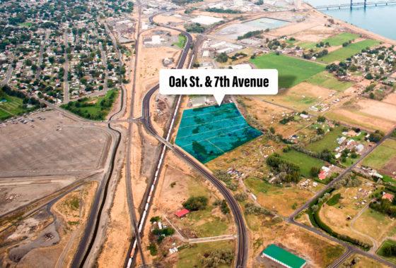 Aerial of Oak Street property.