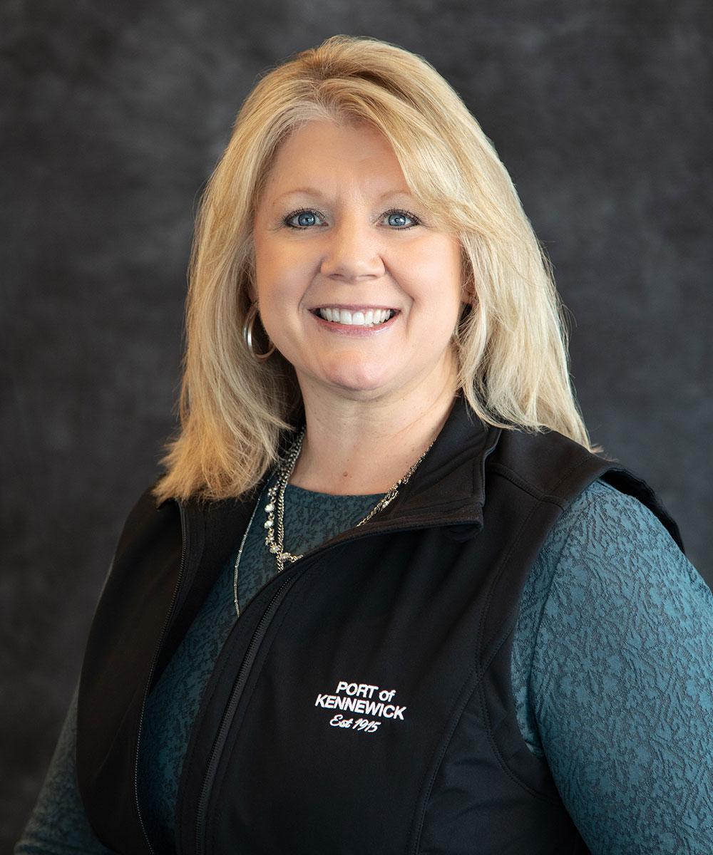 Portrait of Port Executive Assistant Bridgette Scott.