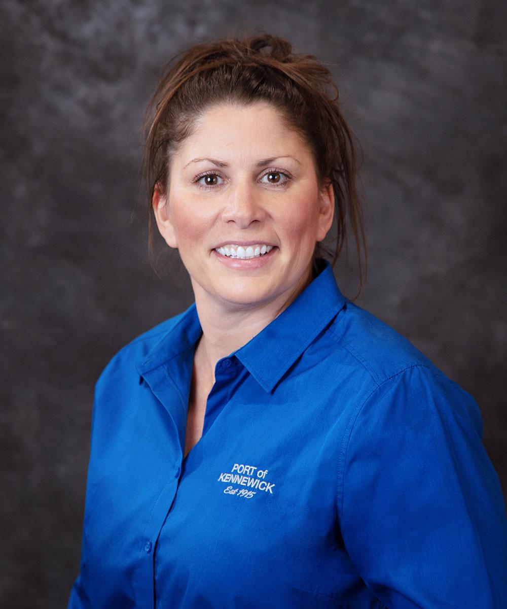 Portrait of Advisor, CPA, CFE Tammy Fine.