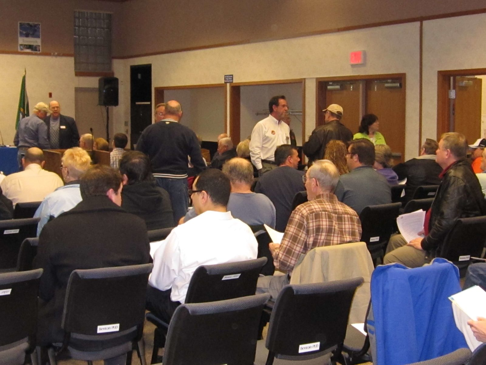 Crowd attending Vista Field Redevelopment public input meeting.