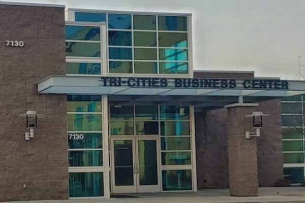 exterior of Tri-Cities Business and Visitor Center uilding