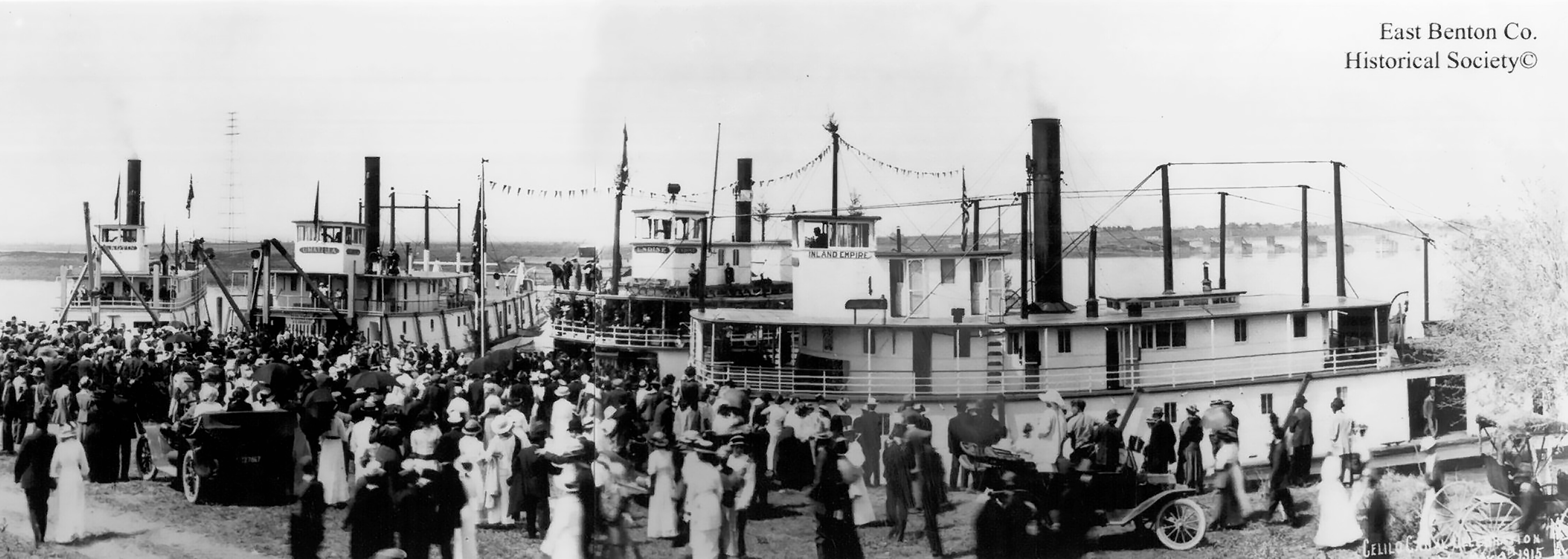 Residents gathered for Celilo Falls Canal opening, 1900s.